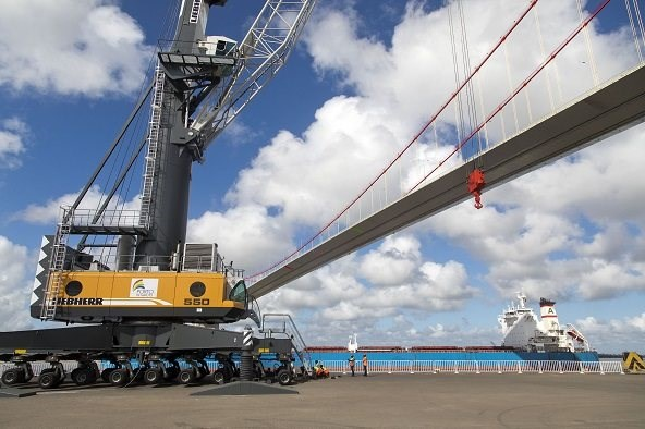 Liebherr mobile cranes at the port of Maputo, featured in report in Africa PORTS & SHIPS maritime news online