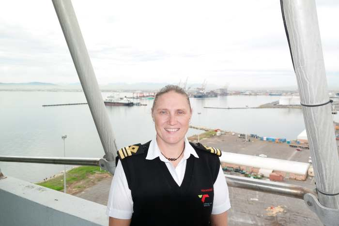 Sanette Robinson, first female open pilot at the port of Cape Town, featuring in Africa PORTS & SHIPS maritime news online