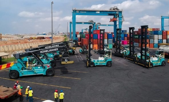 new container handling equip,emt at Port of Tema. Picture Konecranes, featuring in Africva PORTS & SHIPS maritime news online