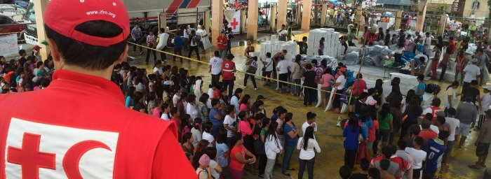 Red Cross distributing aid ti victims of Cyclone Kenneth in Mozambique, featured in Africa PORTS & SHIPS maritime news online
