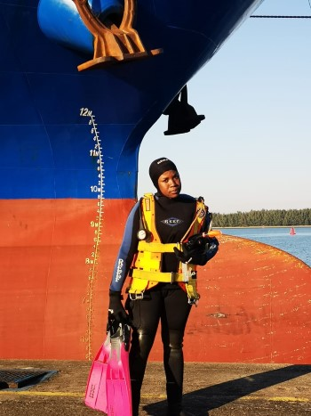 Makhosazana Sengo, only the second female diver in TNPA service, featured here in Africa PORTS & SHIPS maritime news
