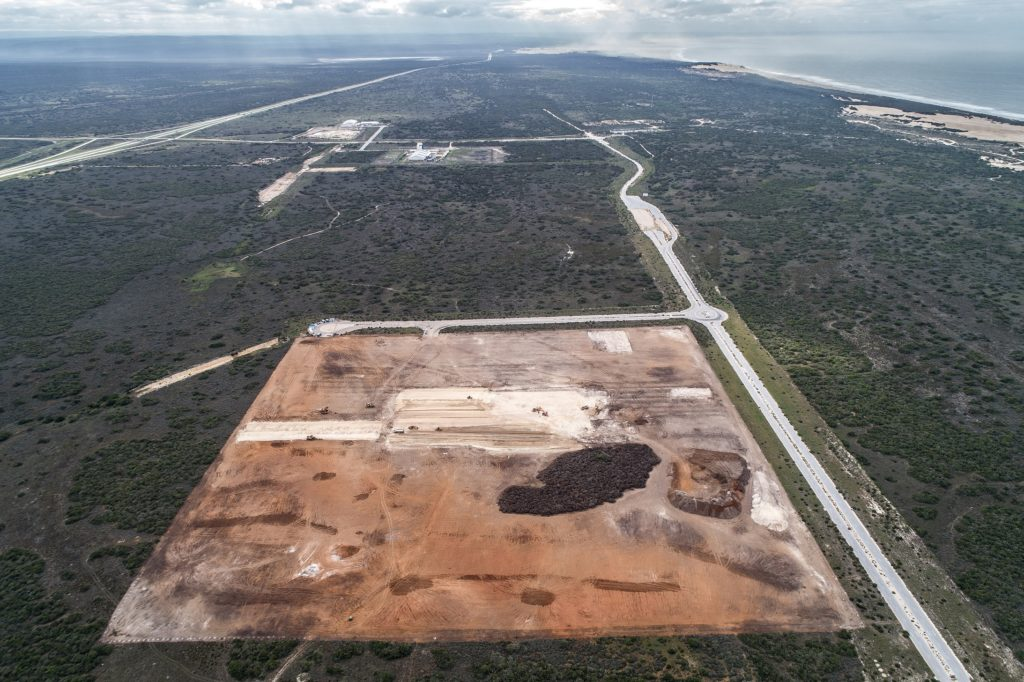 The 20ha Port of Ngqura Tank Farm site has been cleared of vegetation in preparation for bulk earthworks. Platform preparation has started in the centre of the site. TNPA has already completed the main access road from the N2 to the Tank Farm site to ease construction featured in Africa PORTS & SHIPS maritime news