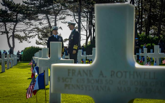 On 6 June Master Chief Petty Officer of the Navy (MCPON) Russell Smith, left, and Chief of Naval Operations (CNO) Admiral John Richardson visited the Normandy American Cemetery on the day marked the 75th anniversary of the D-Day landings along the Normandy coast during the Second World War. US Navy photo by Mass Communication Specialist 1st Class Sarah Villegas/Released.USN ©, featured in Africa PORTS & SHIPS maritime news
