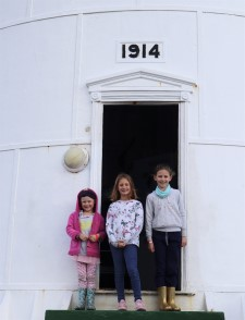 Erika Gerhardt (left), Scarlet Berning (middle) and Annegret Gerhardt (right). The lighthouse was completed in 1914, but was lit for the first time in 1919, featuring in Africa PORTS & SHIPS maritime news
