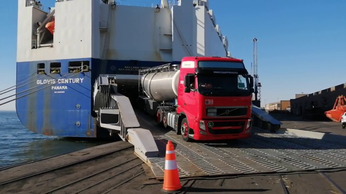 Truck being offloaded at Port of Walvis Bay, featured in Africa PORTS & SHIPS maritime news