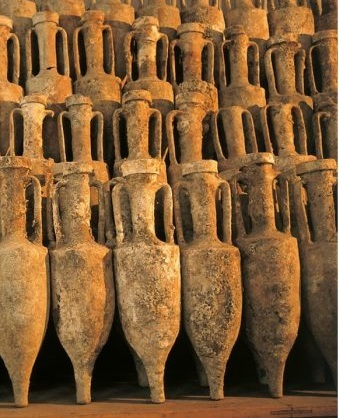 Amphorae used as containers to store cargo on long voyages, gfeatured in Africa PORTS & SHIPS maritime news