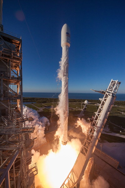 Launch of Intelsat satellite from Guiana, featured in Africa PORTS & SHIPS maritime news