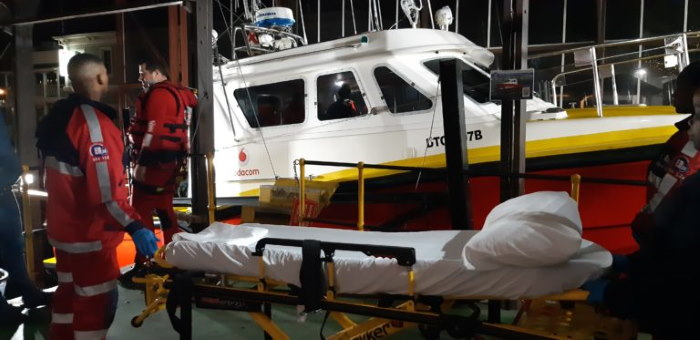 Paramedics and NSRI personnel wait to place the patient in an ambulance beforfe taking him to hospital, featured in Africa PORTS & SHIPS maritime news
