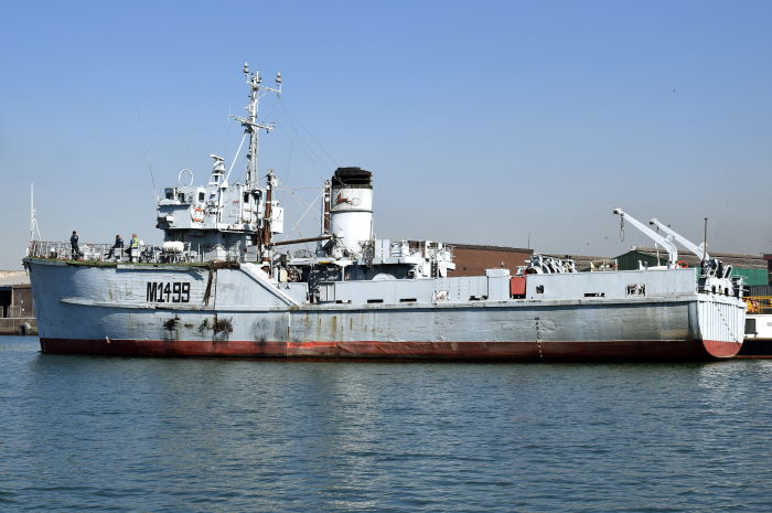 Pictures show the SAS Durban easing away from her berth at the Maritime Museum (top) and a little later in the Maydon Channel on her way to the SA Shipyards quayside and floating dock. Pictures: Trevor Jones, featured in Africa PORTS & SHIPS maritime news