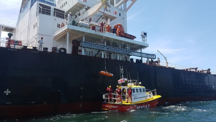Station 6's Spirit of Toft with a ship on another occasion when the NSRI was assisting, featured in Africa PORTS & SHIPS maritime news