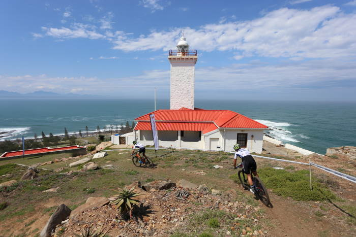 Mossel Bay lighthouse, featured in Africa PORTS & SHIPS maritime news