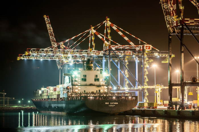 Nightime and a closer view of MSC Catania at the new container terminal, featured in Africa PORTS & SHIPS maritime news