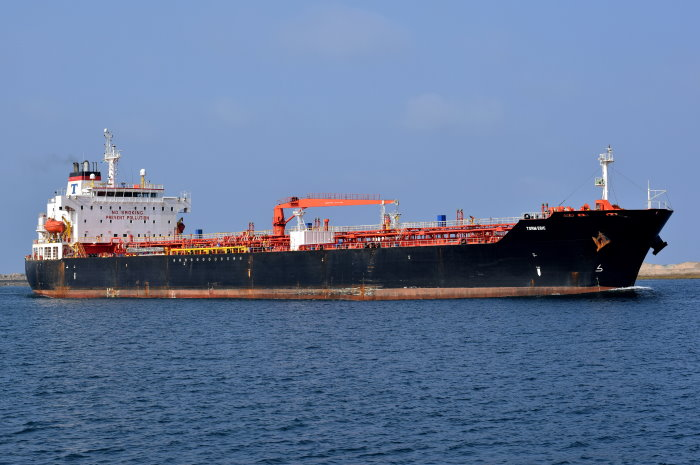 Torm Eric in Durban, picture by Trevor Jones, featured in Africa PORTS & SHIPS maritime news