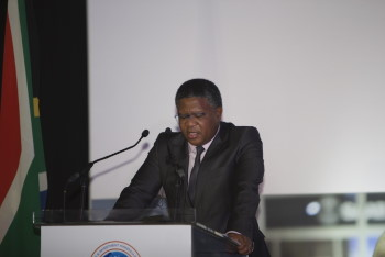 Transport Minister Fikile Mbalula delivered the key note address at the Africa Ports Evolution conferenbce and exhibition held in Durban and featured by Africa PORTS & SHIPS maritime news