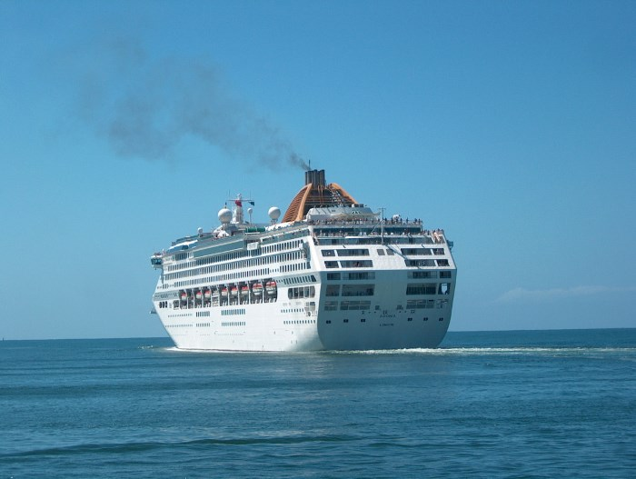 Adonia sailing from Durban, picture: Terry Hutson, featured in Africa PORTS & SHIPS maritime news