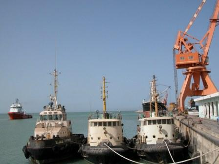 Tugs in the port of Nouakchott, featured in Africa PORTS & SHIPS