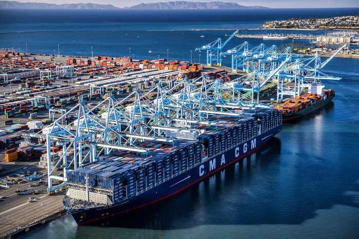 CMA CGM Benjamin Franklin at Port of Los Angeles, featured in Africa PORTS & SHIPS