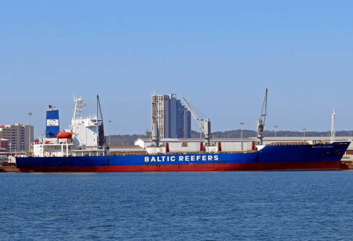 The reefer Baltic Patriot at the Fresh Produce Terminal on the Durban T-Jetty in July 2018. On this latest occasion the ship loaded her cargo at the Maydon Wharf Fruit Terminal. This picture is by Ken Malcolm, featuring in Africa PORTS & SHIPS maritime news
