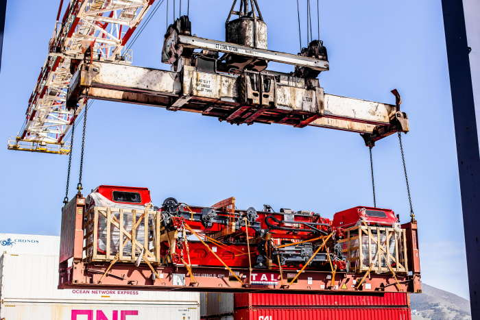 New straddle carriers arrived unassembled for the Cape Town Container Terminal and will have to wait for travel restrictions to be lifted before the manufacturer's own engineers can travel to Cape Town, Featured in Africa PORTS & SHIPS
