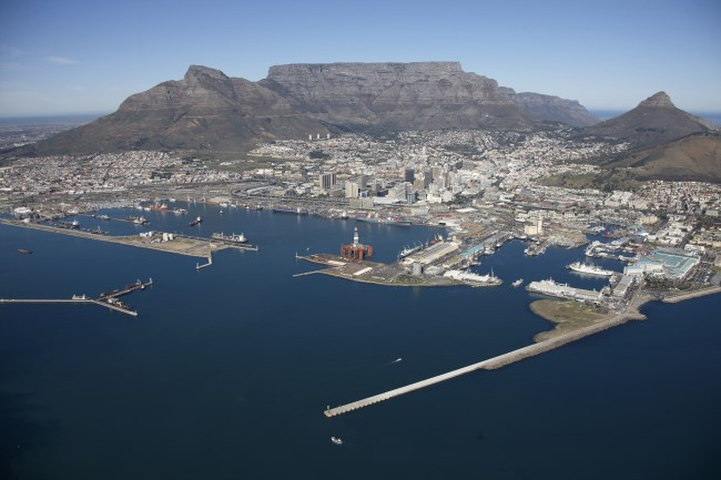 Cape Town looking into Duncan Dock which houses much of the multi-purpose terminal, featured in Africa PORTS & SHIPS maritime news