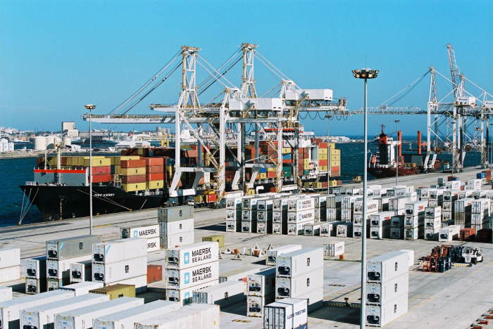 Reefer containers at the Cape Town Container Terminal, featuring in Africa PORTS & SHIPS maritime news
