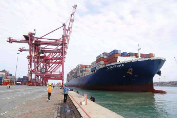 CCNI Arauco coming alongside at Benin Terminal, Autonomous Port of Cotonou, featured in Africa PORTS & SHIPS maritime news