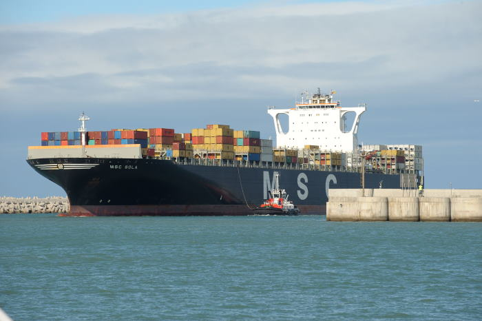 The tug joins the container vessel in the entrance channel of the Port of Ngqura, featured in Africa PORTS & SHIPS maritime news