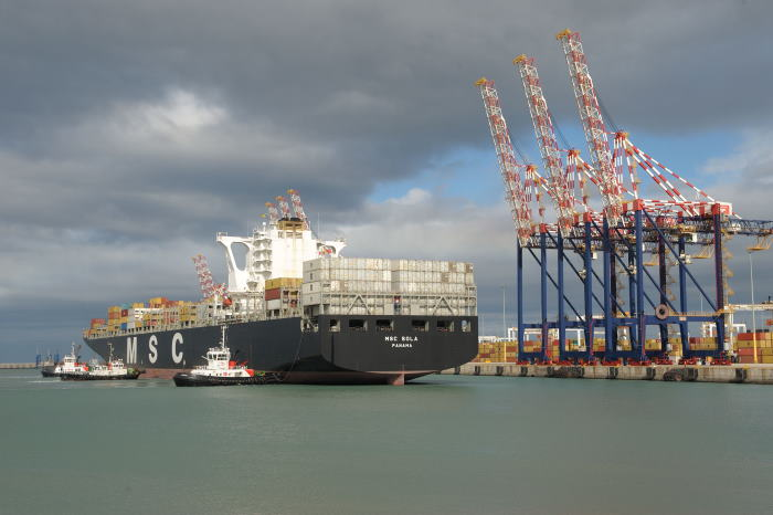 A typical manoeuvre of tugs pushing the vessel alongside the quay, featured in Africa PORTS & SHIPS maritime news
