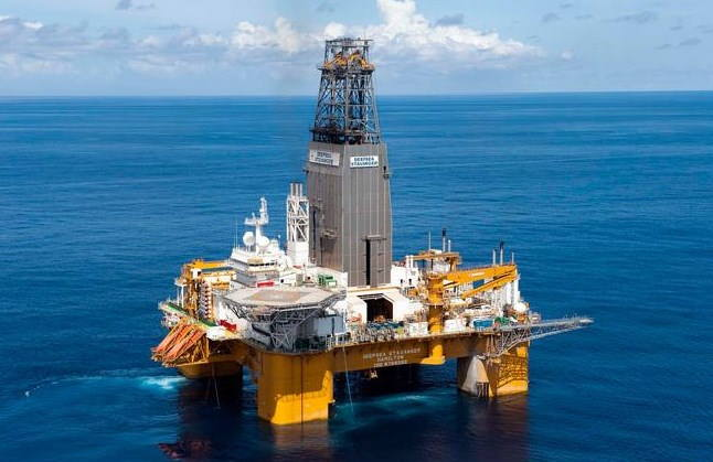 Deepsea Stavanger on site on the Brulpadda prospect, located on Block 11B/12B in the Outeniqua Basin off the Southern Cape coast., featured in Africa PORTS & SHIPS maritime news