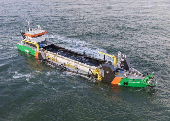 Easydredge 3000-series dredgerfromRoyal IHC,featured in Africa PORTS & SHIPS maritime news