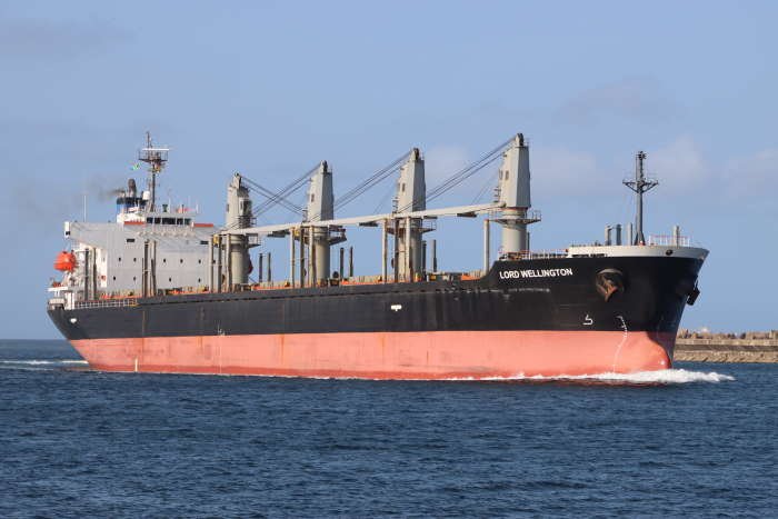 With the subject of this new book being bulk carrier operations,what better than to illustrate the article with this bulker, LORD WELLINGTON (IMO 9317755), showing the 31,921-dwt, 2005-built Greek-owned and managed vessel, arriving in the port of Durban this week. Picture: Keith Betts, featured in Africa PORTS & SHIPS maritime news
