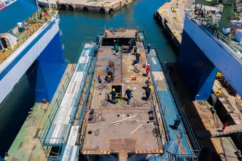 The caisson positioned on the SASDock floating dock in East London Harbour, featured in Africa PORTS & SHIPS maritime news