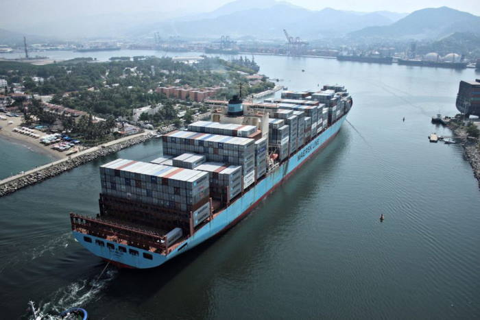 <aersk ship appearing in Africa PORTS & SHIPS maritime news