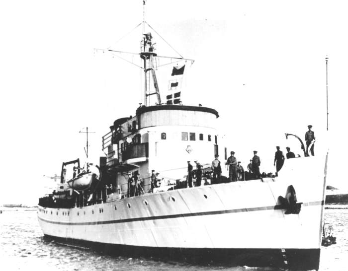 HMSAS Protea in service from 1950 to 1957, featured in Africa PORTS & SHIPS maritime news