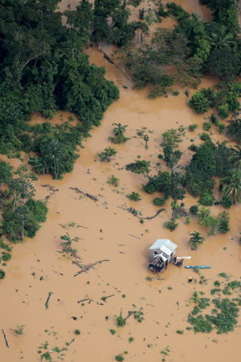 Honduras floods, as featured in report in Africa PORTS & SHIPS maritime news
