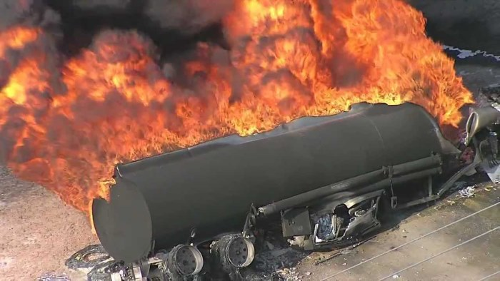 truck burning on SA roads, featured in Africa PORTS & SHIPS maritime news