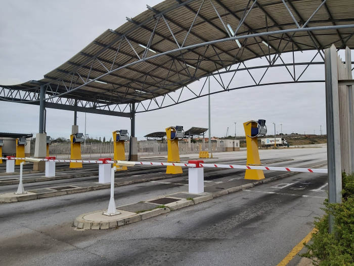 Ngqura's new automatic gates. Picture; Transnet, featured in Africa PORTS & SHIPS maritime news