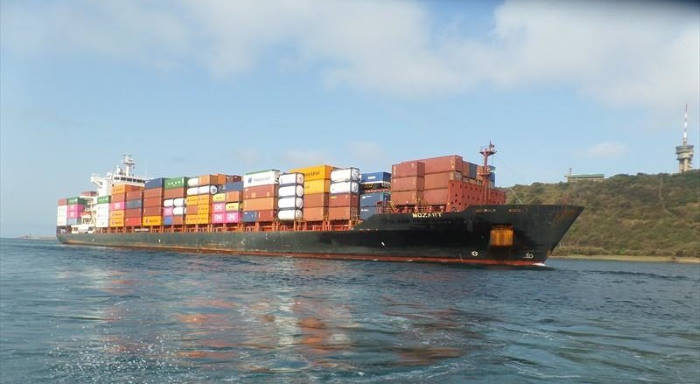 The container ship Mozart enters Durban on an earlier call. This pictrure is by J van Rensburg / MarineTraffic, as reported in Africa PORTS & SHIPS maritime news
