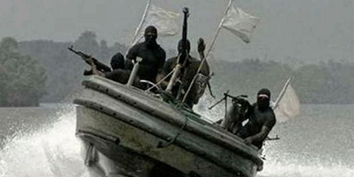 Nigerian pirates on attack (simulation), featured in Africa PORTS & SHIPS maritime news