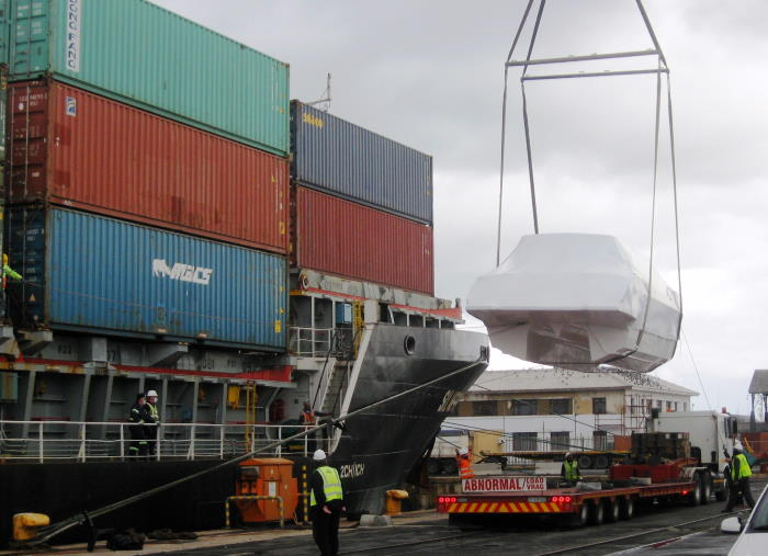 Loading another catamaran onto the deck of Silverfjord. Picture is by 'Dockrat', featured in Africa PORTS & SHIPS maritime news