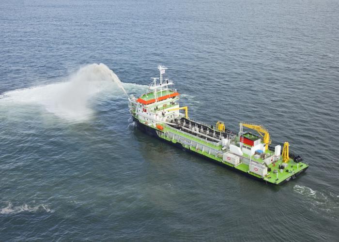 The TNPA TSHD dredger Isandlwana at work in Mossel Bay in 2018